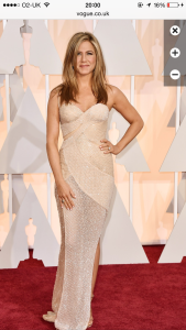 Jennifer Aniston stealoing the night as always (for me) in Versace